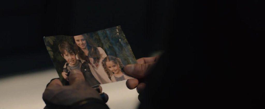 ホークアイの家族の写真