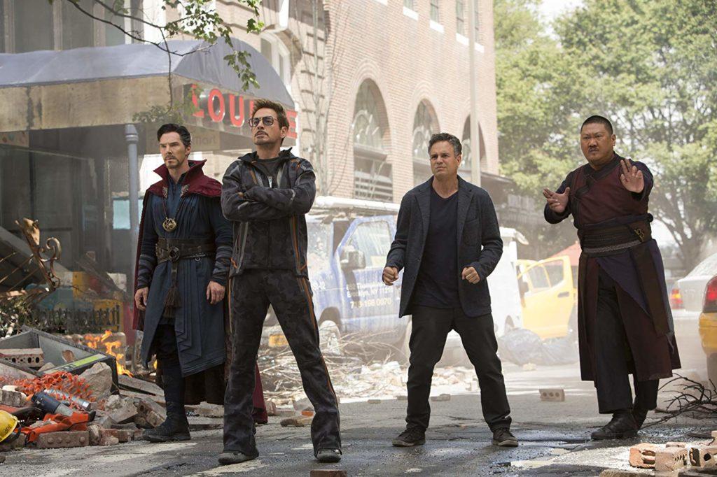 ストレンジとトニー、ブルースと、ウォン
