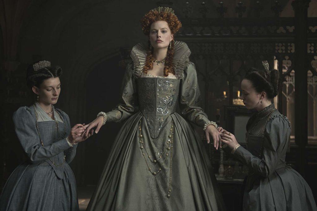 エリザベス1世を演じるマーゴット