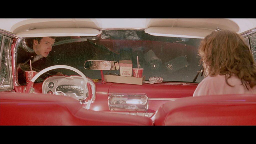クリスティーンの車内