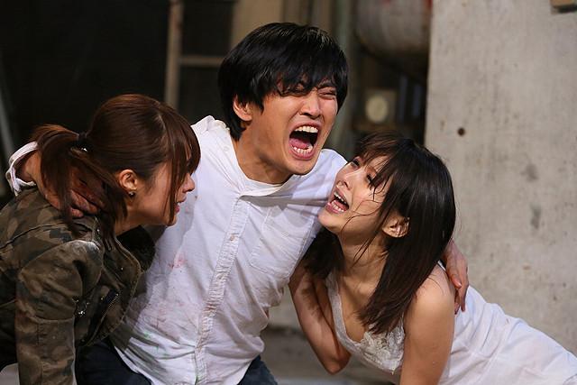 (C)2013「キス我慢選手権 THE MOVIE2