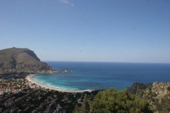 町と海を一望できるモンテ・ペッレグリーノ